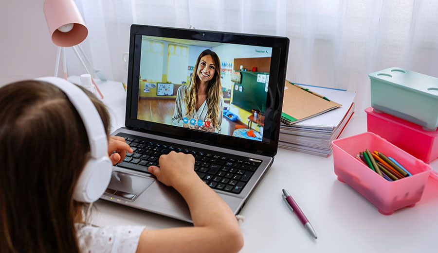 How can teachers be better at Teaching online